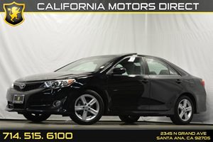 2013 Toyota Camry SE Carfax 1-Owner Audio  Auxiliary Audio Input Convenience  Cruise Control