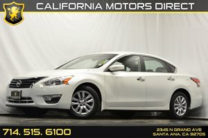 2015 Nissan Altima 25 S Carfax 1-Owner - No Accidents  Damage Reported to CARFAX Analog Display