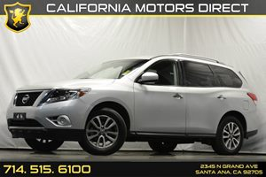 2013 Nissan Pathfinder SV Carfax 1-Owner - No Accidents  Damage Reported to CARFAX Audio  Auxil