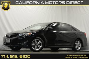 2014 Toyota Camry SE Carfax 1-Owner Audio  Auxiliary Audio Input Convenience  Engine Immobiliz