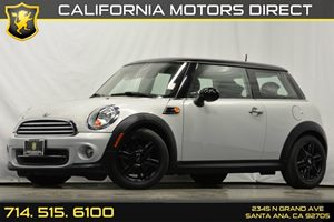 2013 MINI Cooper Hardtop  Carfax 1-Owner Audio  Auxiliary Audio Input Chrome-Plated Grille Con