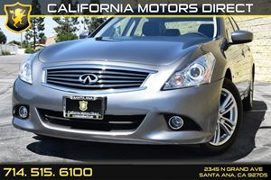 2015 Infiniti Q40  Carfax 1-Owner - No AccidentsDamage Reported Analog Display Audio  Auxiliar