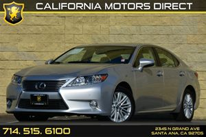 2013 Lexus ES 350 4dr Sdn Carfax Report - No AccidentsDamage Reported Audio  Auxiliary Audio In