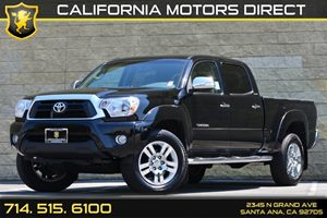 2013 Toyota Tacoma  Carfax 1-Owner Audio  Auxiliary Audio Input Displacement  4L Engine Dual
