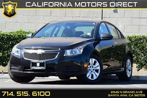 2014 Chevrolet Cruze LS Carfax 1-Owner Convenience  Front Reading Lamps Convenience  Security