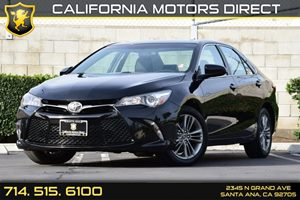 2016 Toyota Camry SE Carfax 1-Owner Audio  Auxiliary Audio Input Clearcoat Paint Convenience