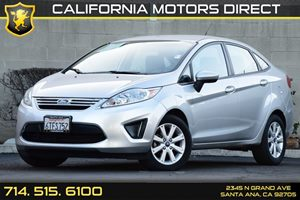 2012 Ford Fiesta SE Carfax 1-Owner - No AccidentsDamage Reported 6 Cupholders Convenience  P