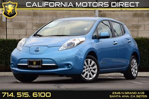 2013 Nissan LEAF S Carfax 1-Owner - No AccidentsDamage Reported 12V Pwr Outlet Audio  Auxiliar