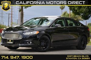 2016 Ford Fusion SE Carfax 1-Owner - No AccidentsDamage Reported 4 Cylinders Air Conditioning