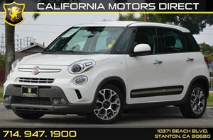 2014 FIAT 500L Trekking Carfax 1-Owner 4 Cylinders Air Conditioning  AC Audio  AmFm Stereo