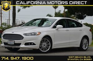 2014 Ford Fusion SE Carfax 1-Owner - No AccidentsDamage Reported 4 Cylinders Air Conditioning