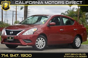 2016 Nissan Versa SV Carfax 1-Owner - No AccidentsDamage Reported 4 Cylinders Air Conditioning