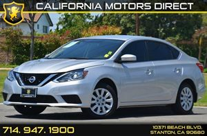 2016 Nissan Sentra S Carfax 1-Owner - No AccidentsDamage Reported 4 Cylinders Air Conditioning