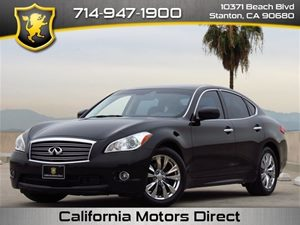 2011 Infiniti M56 Technology Pkg Carfax Report - No Accidents  Damage Reported to CARFAX  Blac