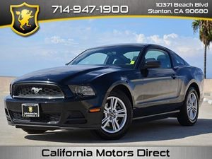 2014 Ford Mustang V6 Carfax Report - No Accidents  Damage Reported to CARFAX  Black CLEAN TIT