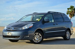 2008 Toyota Sienna XLE Carfax Report  Slate Metallic CLEAN TITLE  21205 Per Month - On App