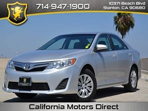 2012 Toyota Camry L Carfax 1-Owner  Classic Silver Metallic CLEAN TITLE  17047 Per Month -