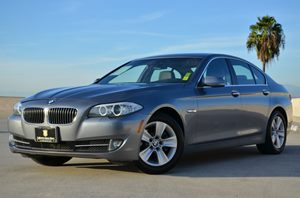 2012 BMW 5 Series 528i  Turbo Carfax 1-Owner Air Conditioning  AC Audio  AmFm Stereo Audio
