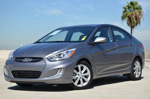 2014 Hyundai Accent GLS Carfax 1-Owner - No Accidents  Damage Reported to CARFAX Air Conditionin