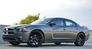 2013 Dodge Charger RT Plus Carfax Report  Granite Crystal Metallic CLEAN TITLE  2783 Per M