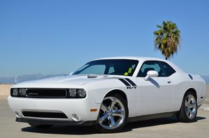 2012 Dodge Challenger RT Carfax Report - No Accidents  Damage Reported to CARFAX  Bright Whit