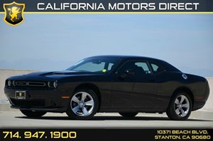 2015 Dodge Challenger SXT Carfax 1-Owner Air Conditioning  AC Audio  Auxiliary Audio Input A