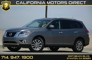 2015 Nissan Pathfinder SV Carfax 1-Owner - No Accidents  Damage Reported to CARFAX Air Condition