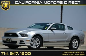 2014 Ford Mustang V6 Premium Carfax 1-Owner - No Accidents  Damage Reported to CARFAX 6 Cylinder