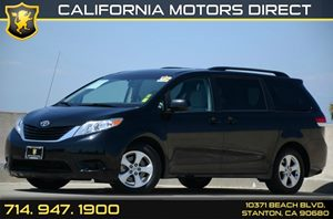 2014 Toyota Sienna LE Carfax 1-Owner - No Accidents  Damage Reported to CARFAX Air Conditioning