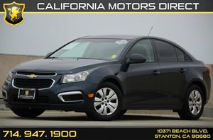 2015 Chevrolet Cruze LS Carfax 1-Owner - No Accidents  Damage Reported to CARFAX Air Conditionin