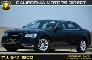 2015 Chrysler 300 Limited Carfax 1-Owner - No Accidents  Damage Reported to CARFAX Air Condition