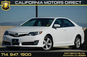 2013 Toyota Camry SE Carfax 1-Owner - No AccidentsDamage Reported 2 12V Aux Pwr Outlets 4 Cyl