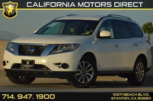 2013 Nissan Pathfinder S Carfax 1-Owner - No AccidentsDamage Reported 2 12V Pwr Outlets 18