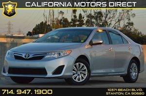 2014 Toyota Camry LE Carfax 1-Owner - No AccidentsDamage Reported 2 12V Dc Power Outlets 4 Cyli