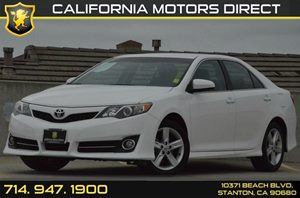 2013 Toyota Camry SE Carfax 1-Owner - No AccidentsDamage Reported 4 Cylinders Air Conditioning