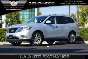 2016 Nissan Pathfinder SV Carfax 1-Owner - No AccidentsDamage Reported  Brilliant Silver Metal