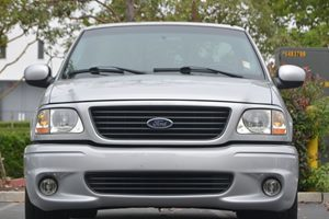 2001 Ford F-150 Lightning Carfax Report  Silver Metallic 22894 Per Month -ON APPROVED CREDIT
