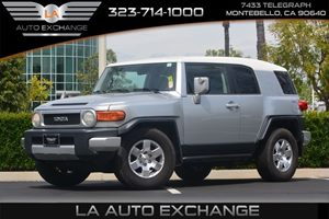 2008 Toyota FJ Cruiser  Carfax Report - No AccidentsDamage Reported  Silver  We are not respo