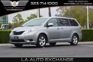 2013 Toyota Sienna LE Carfax 1-Owner - No AccidentsDamage Reported  Silver Sky Metallic   24