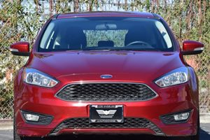 2015 Ford Focus SE Carfax 1-Owner - No AccidentsDamage Reported 407 Axle Ratio Back-Up Camera