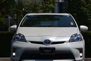 2014 Toyota Prius Plug-In Advanced Carfax 1-Owner - No AccidentsDamage Reported  Super White