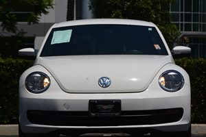2014 Volkswagen Beetle Coupe 25L Carfax 1-Owner - No AccidentsDamage Reported  Candy White