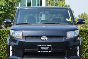2014 Scion xB  Carfax 1-Owner - No AccidentsDamage Reported  Black Sand Pearl  We are not res