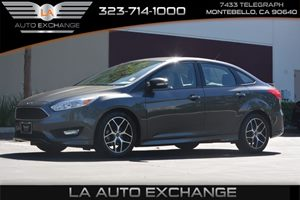 2015 Ford Focus SE Carfax 1-Owner - No AccidentsDamage Reported  Gray ---  16314 Per Mon