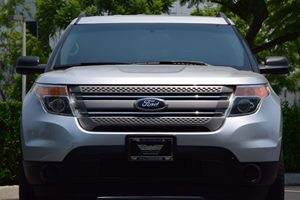 2014 Ford Explorer Base Carfax 1-Owner - No AccidentsDamage Reported  Ingot Silver Metallic