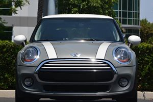 2014 MINI Cooper Hardtop  Carfax 1-Owner - No AccidentsDamage Reported  Moonwalk Gray Metallic