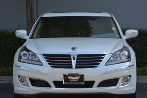 2013 Hyundai Equus Ultimate Carfax Report  White Satin Pearl  We are not responsible for typog