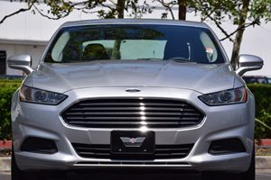 2014 Ford Fusion SE Carfax 1-Owner - No AccidentsDamage Reported  Ingot Silver Metallic  We a