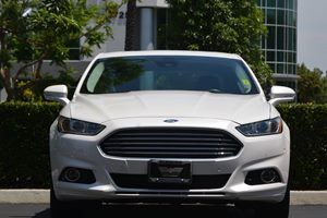 2014 Ford Fusion SE Hybrid Carfax 1-Owner - No AccidentsDamage Reported  Oxford White 20295