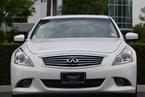 2015 INFINITI Q40  Carfax 1-Owner - No AccidentsDamage Reported  Moonlight White 26791 Per